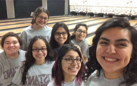 Bowling girls celebrate senior night