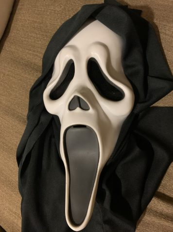 I had a Scream mask and just used that.