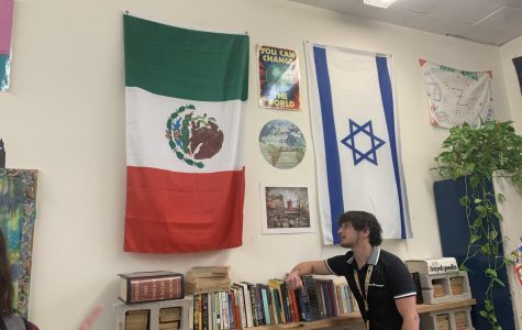 Majority of Mexican students don't know the flag meaning