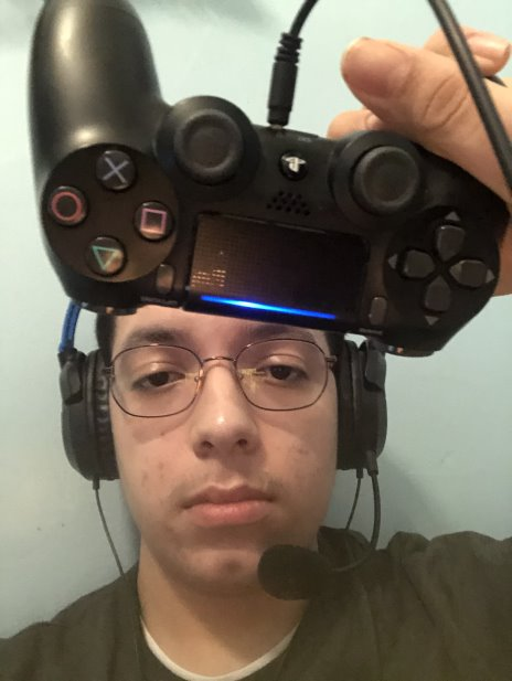 Angel Gutierrez playing Call of Duty on his preferred console PS4.